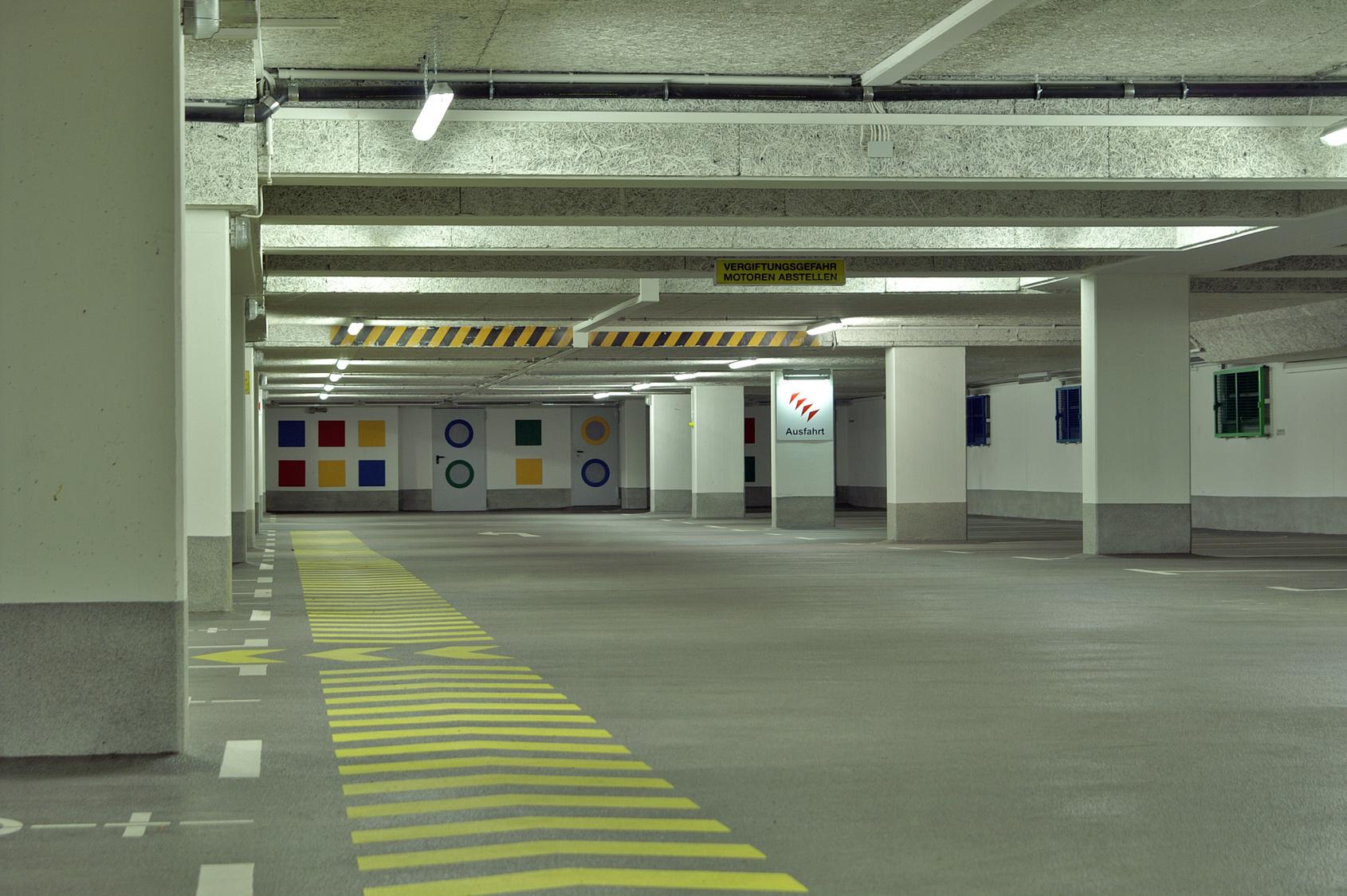 Empresa de limpieza de garajes conserjes en madrid for Empresas de mantenimiento de edificios en madrid